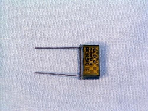 Конденсатор Мясорубки KENWOOD KW284826 ( 0,1 мкФ )